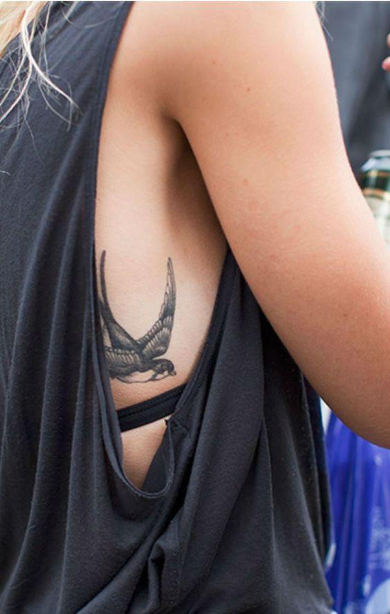 Fashionable Bird Tattoo