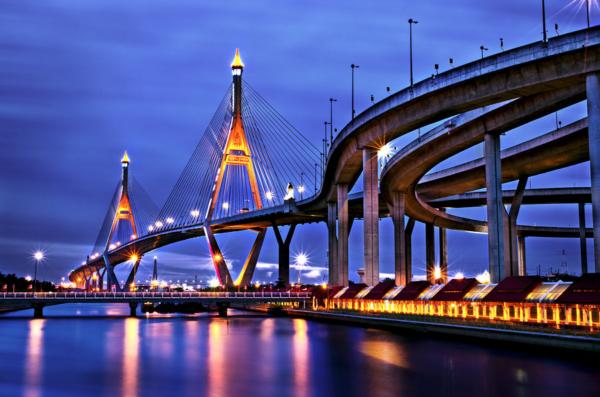 Bhumipol bridge crossing Grand River in Bangkok (second).